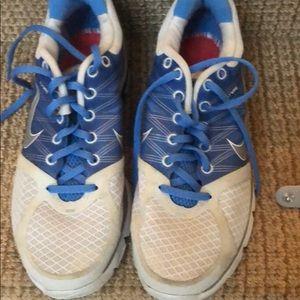 Nike sneakers 8.5